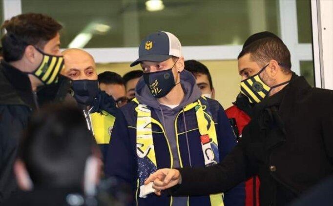 Mesut Özil'i Fenerbahçe'ye Acun Ilıcalı mı transfer etti? Flaş haberi oku