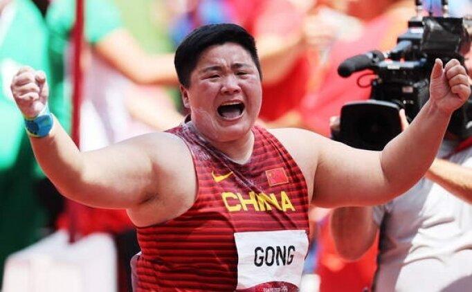 Kadınlar gülle atmada altın Çin'e gitti