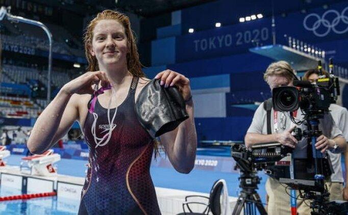 Sırtüstü kurbağalama 100 metreyi Lydia Jaboby kazandı