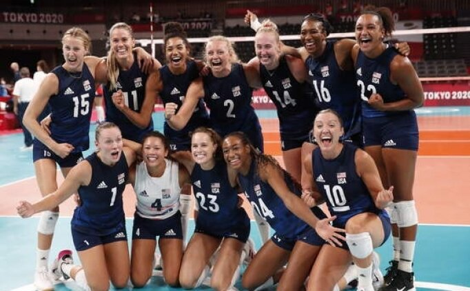 Kadınlar voleybolda ABD yarı finale yükseldi