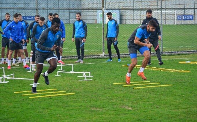 Rizespor'da Kovid-19 testi pozitif futbolcu sayısı artıyor