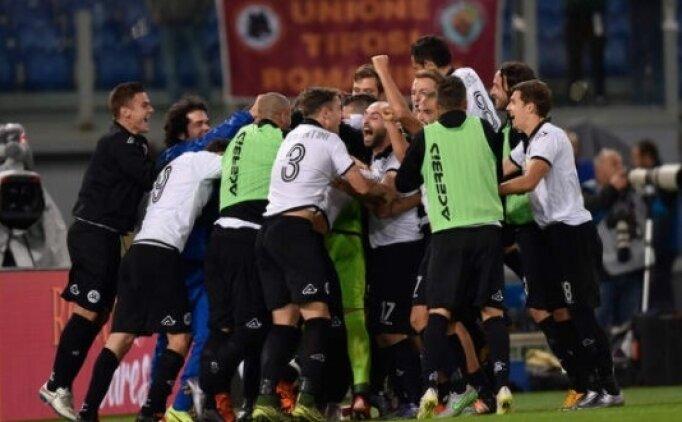 İtalyan ekibi Spezia'ya dört dönem transfer yasağı