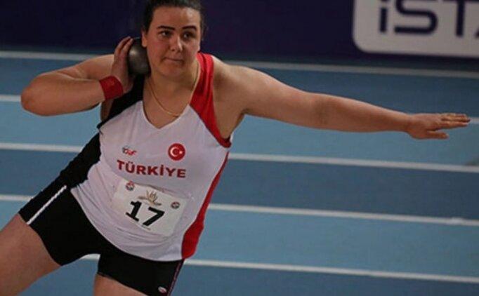 Pınar Akyol güllede altın madalya kazandı!