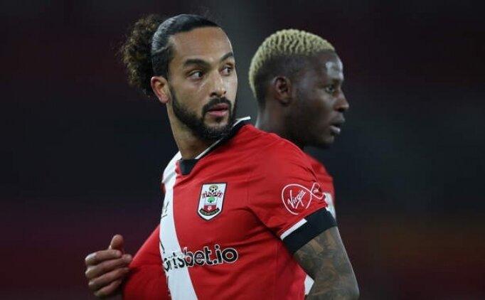 Southampton'dan Theo Walcott'a yeni sözleşme