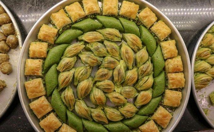 Ramazan Bayramı için kolay ucuz tatlı tarifleri