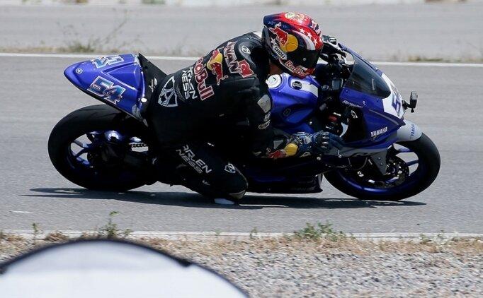 Bahattin Sofuoğlu, İtalya Şampiyonası'nın ilk yarışında ikinci oldu