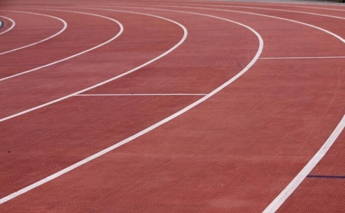 Erkekler 800 metrede altın madalya Korir'in!