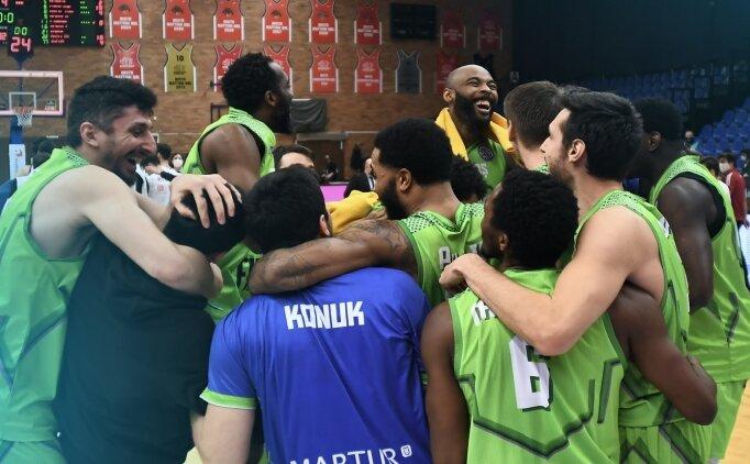 TOFAŞ, FIBA Şampiyonlar Ligi'nde play-off'lara kaldı
