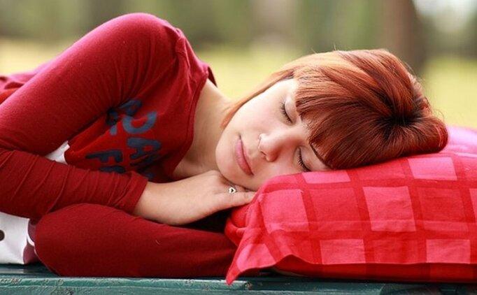 Uyku getiren dualar, hangi dua uyku getirir? (Uyku nasıl gelir)