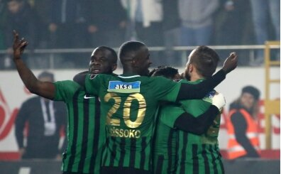 Akhisarspor-Standart Liege maçını Farkas yönetecek