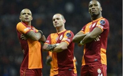 Galatasaray'da Melo ve Sneijder defteri kapandı