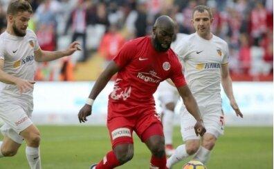 Galatasaray, Antalyaspor'un forvetine yöneldi!