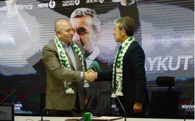 Konyaspor Başkanı'ndan Kocaman'a övgü dolu sözler