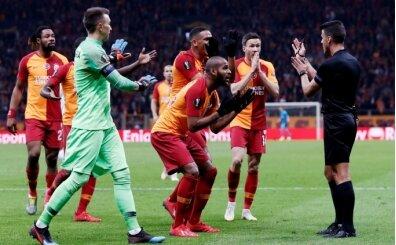 Galatasaray'ı çıldırtan Manzano'yu Pique ve Messi de sildi