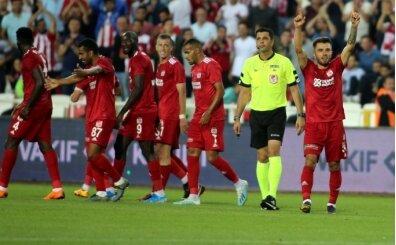 Beşiktaş'ta üç transfer şart oldu