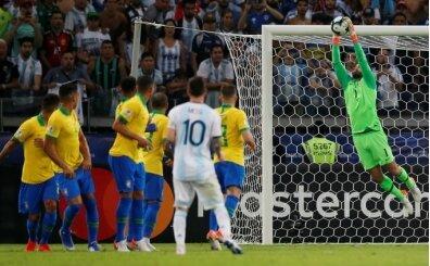 Alisson'dan Messi'ye gözdağı; '3 maçtır yeniyorum'