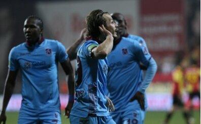Trabzonspor'u Abdülkadir Parmak sırtlıyor