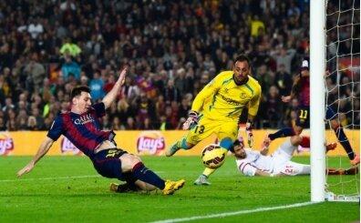 Yıl 2014: Messi yine Sevilla'yı parçalıyor