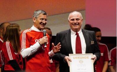 Bayern Münih'te Hoeness dönemi bitti! Yeni başkan...