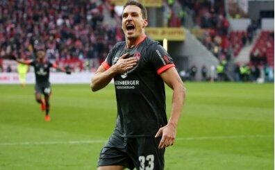 Beşiktaş stoper transferinde imza için gün sayıyor; Margreitter