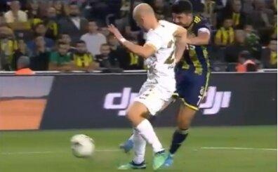 Fenerbahçe'nin golü öncesi tartışma: 'Korner değil'