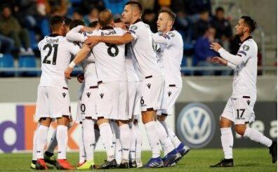 Arnavutluk siftahı Andorra'da yaptı!
