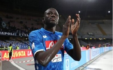 Napoli, devlerin gözdesi Koulibaly için direniyor!