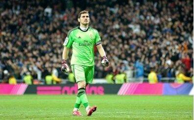 Bir yıldız daha kaydı; Casillas futbolu bıraktı