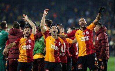 Galatasaray, 'Böyle bir şey olabilir mi ya?' tişörtü bastırıyor