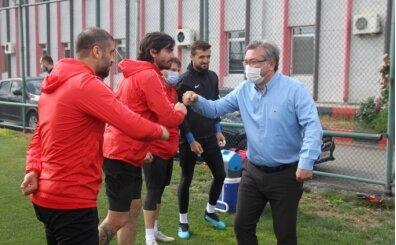 Eskişehirspor'da 'sosyal mesafeli' bayramlaşma