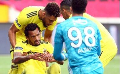 Fenerbahçe'de Jailson 'herkesi' çıldırttı!