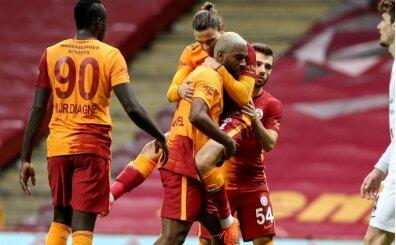 Diagne'ye eleştiriler; '10 kişi oynatıyor'