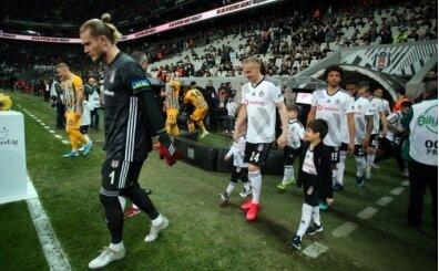Futbolculardan Beşiktaş yönetimine: 'Borcunuzu ödeyin konuşalım'
