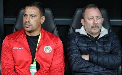 Sergen Yalçın'ın yardımcısı Çağdaş Atan, Beşiktaş'tan özür diledi