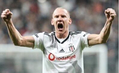 Beşiktaş'ın Domagoj Vida görüşmesinde sinirler gerildi