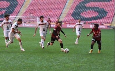 Eskişehirspor sahasında 5. tura yükseldi