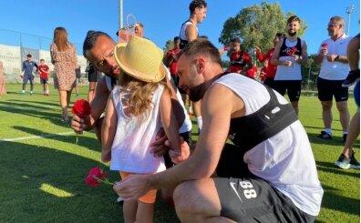Antalyasporlu futbolculara ailelerinden sürpriz bayram ziyareti