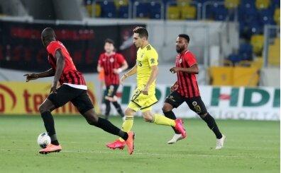 Ömer Faruk, Süper Lig'de ilk kez oynadı