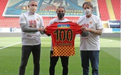 Halil Akbunar, Göztepe formasıyla 100. Süper Lig maçına çıktı