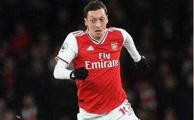 'Mesut Özil, Arsenal'de 1,5 yıl daha kalacak!'
