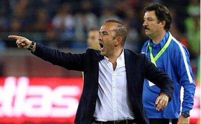 Mehmet Özdilek: 'İlk 45 dakikada maçın fişini çekebilirdik'