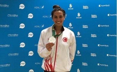 Fenerbahçe'nin milli yüzücüsü Zülal Zeren: 'Fenerbahçeli olmak bir ayrıcalık'