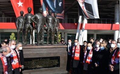 'Samsunspor'un kara günü' anısına yaptırılan anıtlar açıldı