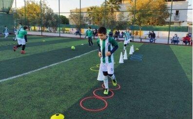 Bursaspor, yurt dışında futbol okulları açıyor