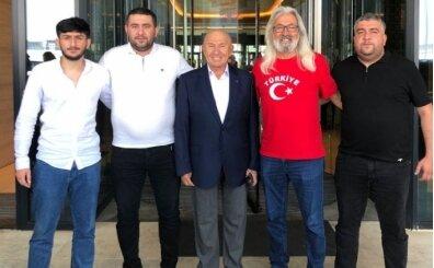Türkiye ve Azerbaycan'ın tribün liderleri A Milli Takım'a destek için bir arada