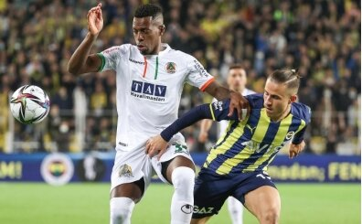 Fenerbahçe taraftarından, futbolculara sert tepki!