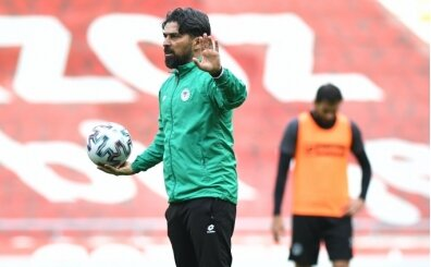 Konyaspor'dan İlhan Palut'a 3 yıllık sözleşme