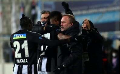 Beşiktaş'ta Sergen Yalçın tarih yazıyor! Gordon Milne ve Şenol Güneş'i geçti