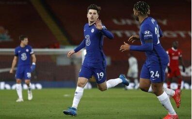 Chelsea Liverpool'u deplasmanda devirdi