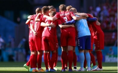 Rusya - Danimarka maçı canlı olarak Tuttur'da
